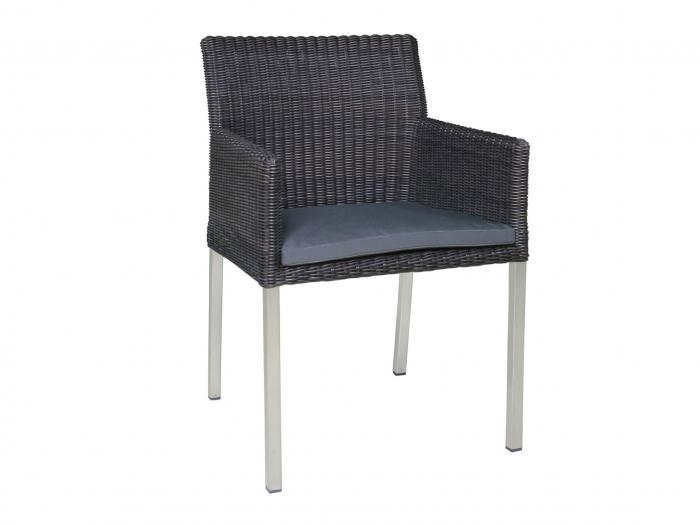 Die Abbildung zeigt den Sessel Kubex mit Sitzkissen, das nicht zum Lieferumfang gehört.